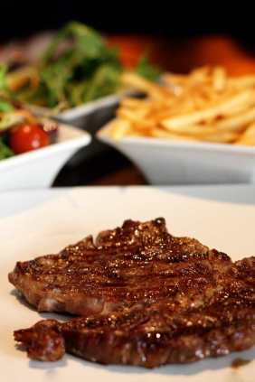 L'Entrecote_steak_NickyKelvin